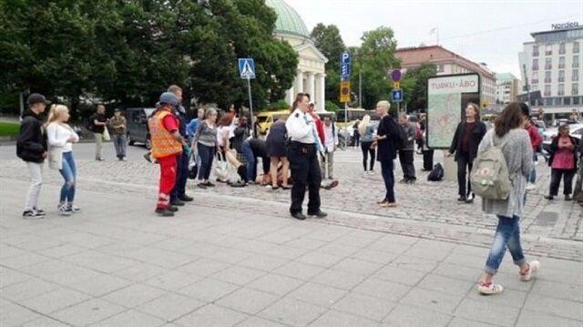 Finlandiya'da saldırı! Bıçakla halka saldırdı