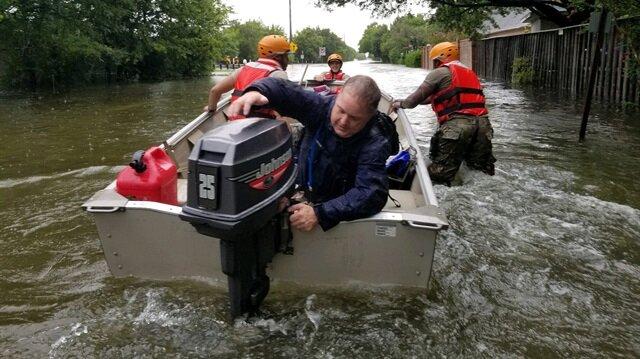 Harvey Kasırgası Houston'a ulaştı