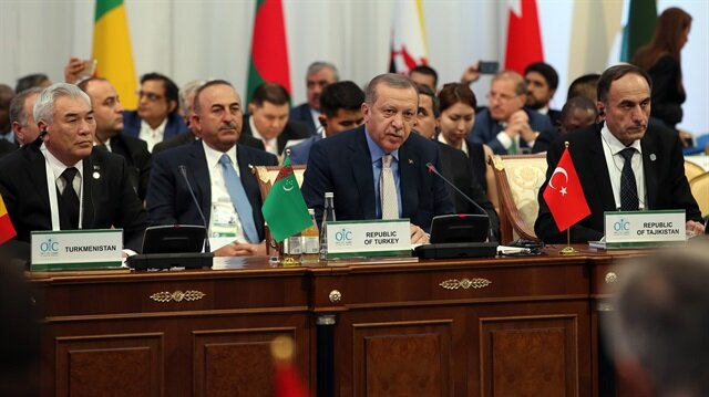 Erdogan draws attention to Rohingya plight at OIC summit