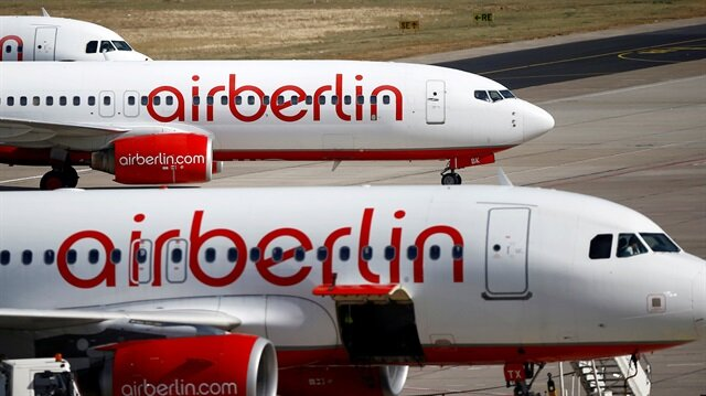 Air Berlin cancels flights as pilots call in sick