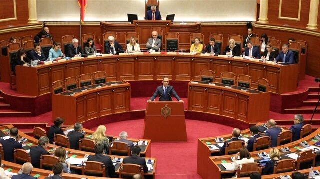 """برلمان ألبانيا يمنح الثقة للحكومة الجديدة برئاسة الاشتراكي """"راما"""""""