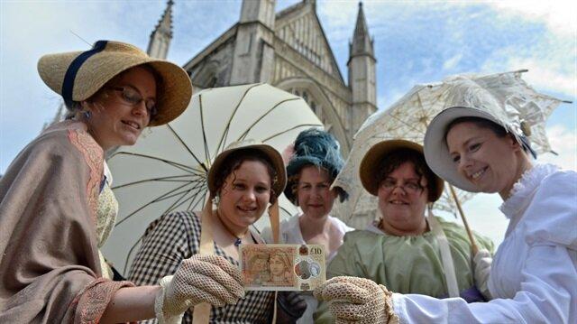 Jane Austen'lı yeni 10 sterlin yarın tedavüle giriyor.