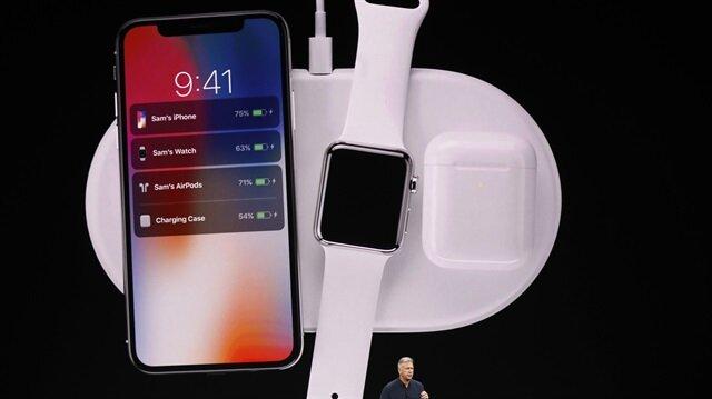 Merakla beklenen iPhone X cihazı tanıtıldı.