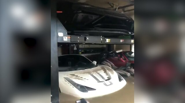 Kasırgadan sonra lüks otomobillerle dolu garaj bu hale geldi