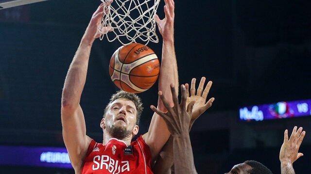 Italy v Serbia