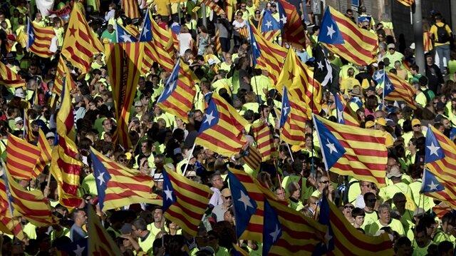 İspanya'da 'Katalonya krizi' büyüyor