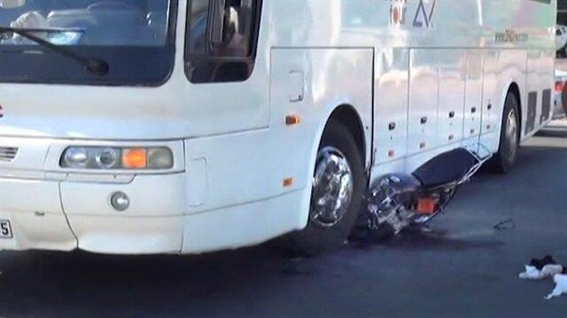 Dikkatsiz otobüs şoförü faciaya sebep oluyordu