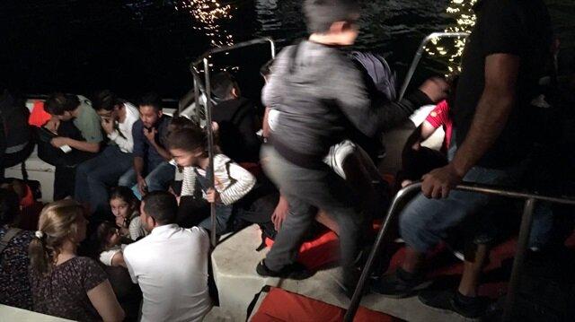 Kaçak göçmenlerin, işlemlerin ardından İl Göç İdaresi Müdürlüğüne gönderileceği öğrenildi