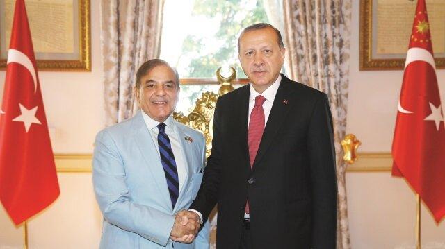 Cumhurbaşkanı Recep Tayyip Erdoğan, Şerif'i makamında ağırladı.