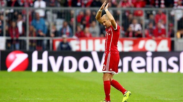 Bayern Münih'in yıldızı 2 yıl sonra  sağ ayağıyla gol attı.