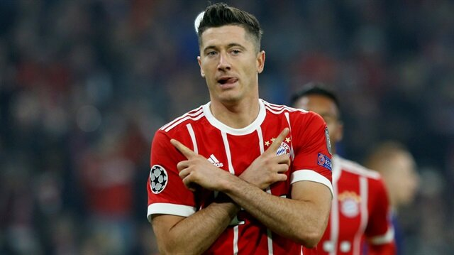 Lewandowski geçtiğimiz sezon çıktığı 47 maçta 43 gole imzasını attı.