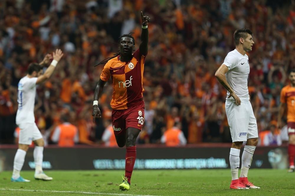 Galatasaray'ın Fransız yıldızı Bafetimbi Gomis, Süper Lig'de çıktığı 5 maçta 7 gol atma başarısı gösterdi.