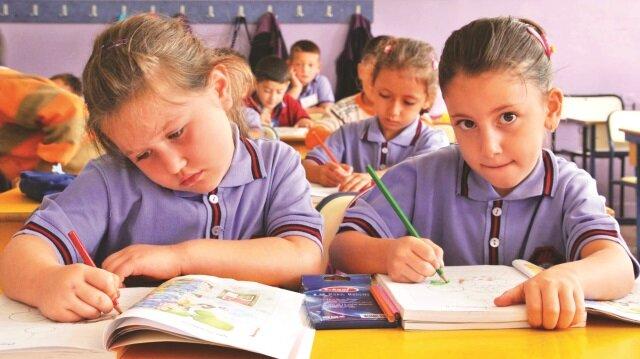 17 milyon öğrenci için ilk ders zili yarın çalacak.