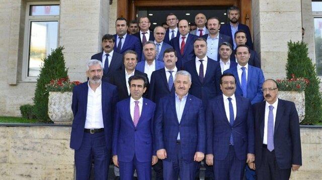 Diyarbakır Ticaret ve Sanayi Odası (DTSO) ile Ticaret Borsası (DTB), Ulaştırma, Denizcilik ve Haberleşme Bakanı Ahmet Arslan'la biraraya geldi.