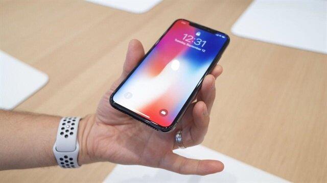 Apple Face ID güvenliği hakkında ilginç senaryolara cevap verdi.