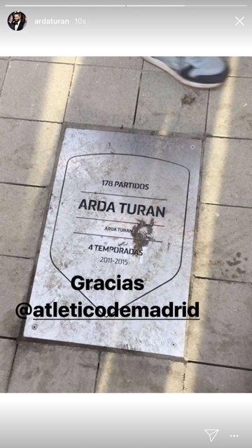 Arda Turan, eski takımına İspanyolca teşekkür etti.