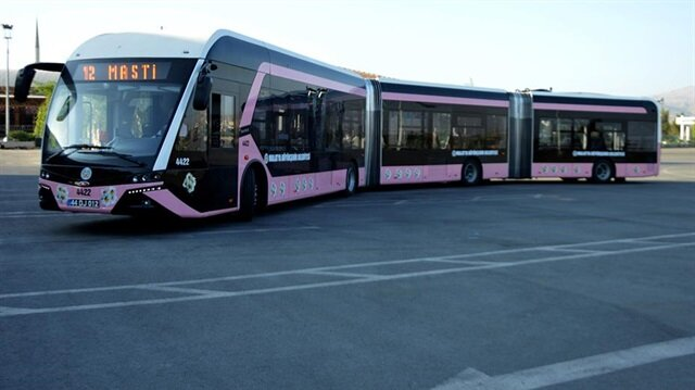 Malatya'da pembe trambüsler hizmet vermeye başladı.