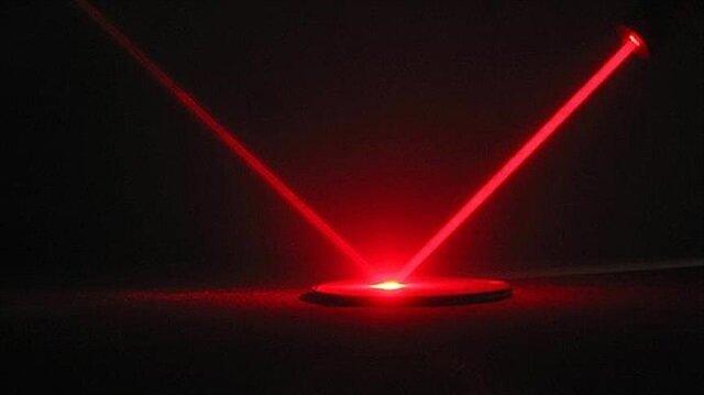 IBM ve Intel gibi büyük teknoloji şirketlerinin yılladır ışığı ses olarak depolama üzerinde çalıştığı ancak bugüne kadar bunu başaramadığı ifade ediliyor.