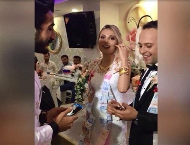 """""""Bitcoin"""" düğün hediyesi oldu"""