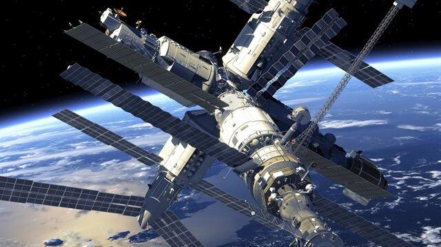 Uzay ajansının maliyetinin her yıl 323 milyar dolara mal olacağını tahmin ediyor.