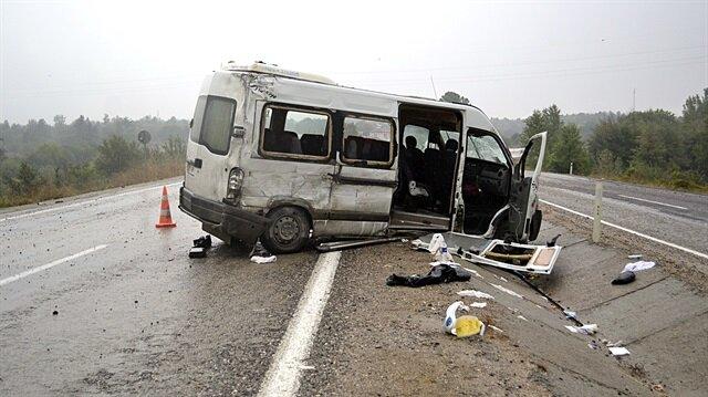 Kazada yaralananlar hastanelere kaldırıldı.