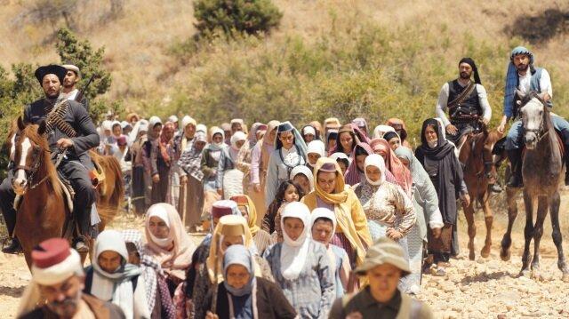 Film, I. Dünya Savaşı sırasında yaşanan Ermeni tehcirini insan öyküleri eşliğinde beyazperdeye taşımayı amaçlıyor.