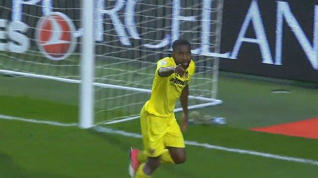 Bursaspor'un eski yıldızı La Liga'yı salladı