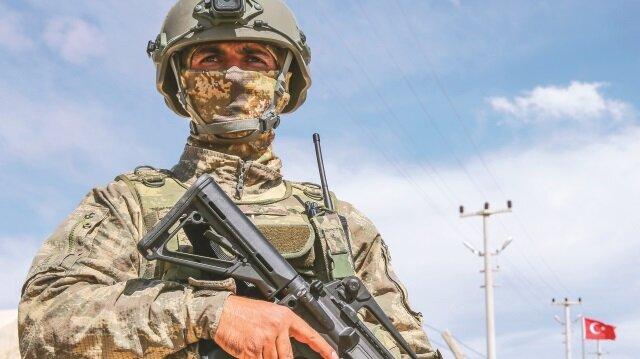 İçişleri Bakanlığı, son bir haftada ülke genelinde yürütülen operasyonlarda 49 teröristin daha öldürüldüğünü bildirdi.