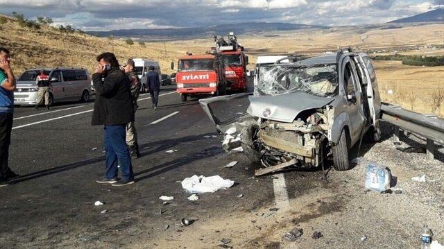 Elazığ'da trafik kazası: 11 yaralı