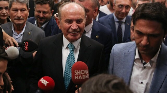 Kadir Topbaş'tan Kılıçdaroğlu'na 'istifa' yanıtı