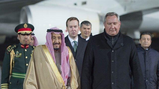 Rusya'yı ziyaret eden ilk Suudi Kralı Selman bin Abdulaziz'in Moskova ziyareti başladı.
