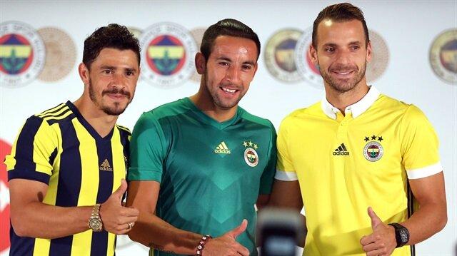Fenerbahçe'nin yeni transferlerinden Soldado'nun (Sağda) performansı, sakatlık iddialarını da tekrar gün yüzüne çıkarttı.