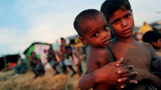 Myanmar zulmünden kaçarak Bangladeş'e sığınan Arakanlı Müslümanların kamptaki yaşamları...