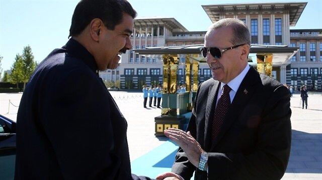 Cumhurbaşkanı Erdoğan, Venezuela Devlet Başkanı Nicolas Maduro'yla Cumhurbaşkanlığı Külliyesi'nde görüştü.