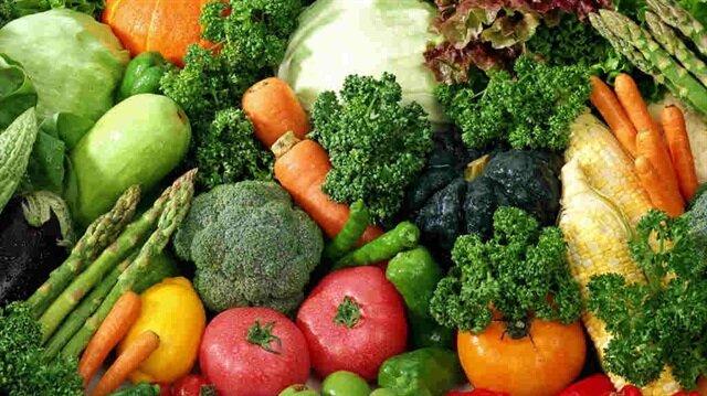 Salatalık, karpuz, elma, şeftali, kavun ve kereviz gibi besinler cilt için en iyi hidrasyonu sağlarlar.