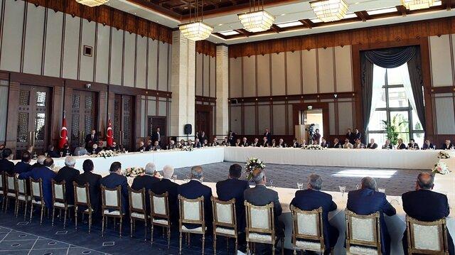 Cumhurbaşkanı Erdoğan'la buluşan kanaat önderleri, Kuzey Irak'taki referandum tuzağına karşı birlik mesajı verdi