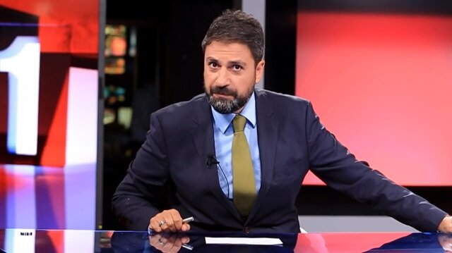 Erhan Çelik, TRT 1 ekranlarında son kez cuma akşamı haber sundu.