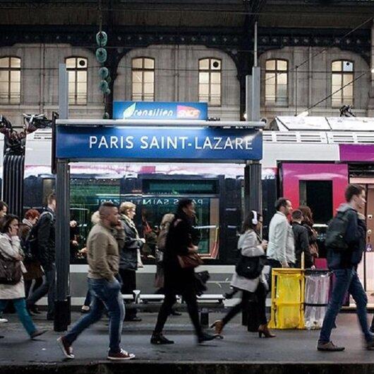 Fransa'daki grev hayatı olumsuz etkiliyor