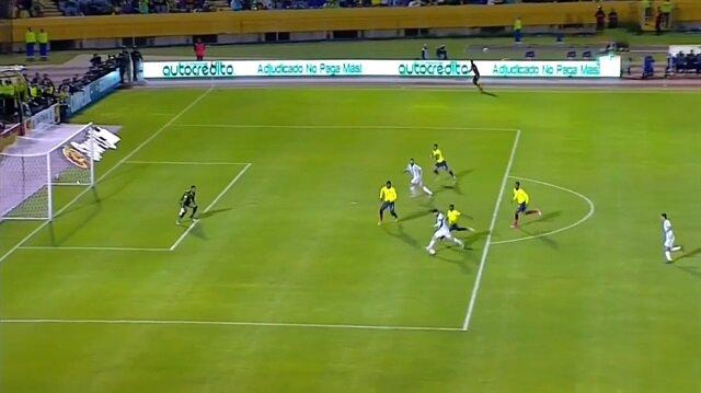 Messi hat-trick yaptı, Arjantin kazandı