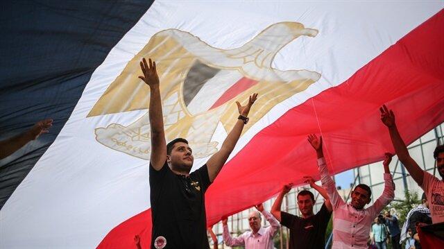 فلسطينيون بغزة يحتفلون بالتوصل لاتفاق المصالحة بالقاهرة