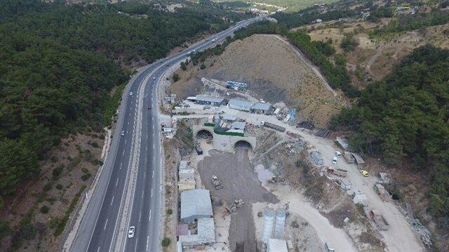 Sabuncubeli Tüneli'nde Manisa'dan İzmir yönüne doğru tünel açma işlemleri tamamlandı.