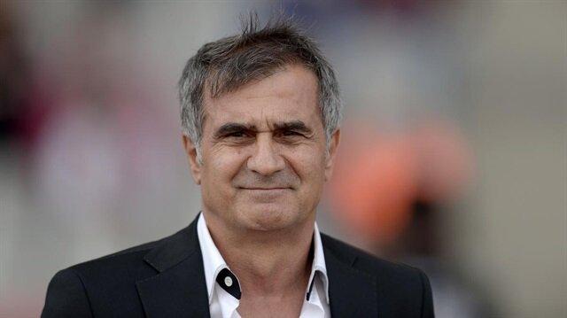 Şenol Güneş yönetimindeki Beşiktaş Süper Lig'de 14 puan la 2. sırada yer alıyor.