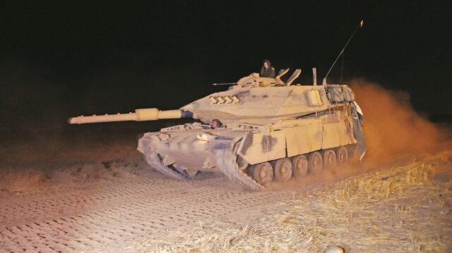 TSK İdlib harekatını başlattı. Yaklaşık 8 tank ve 50 zırhlı araç dün gece sınırı aşarak İdlib'e yöneldi.