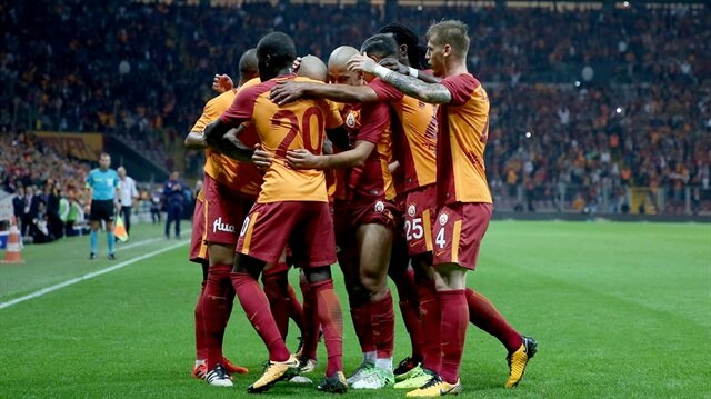 Galatasaray bu sezon Süper Lig'de 7 maç'ta 19 puan topladı