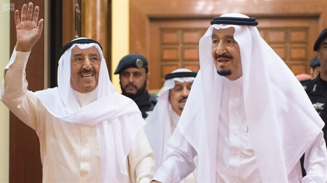 Kuwaiti emir sets out for Saudi Arabia for talks