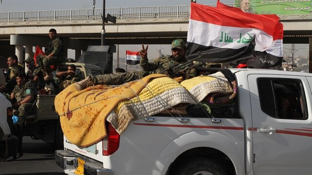 Iraqi forces take control of border crossing with Syria