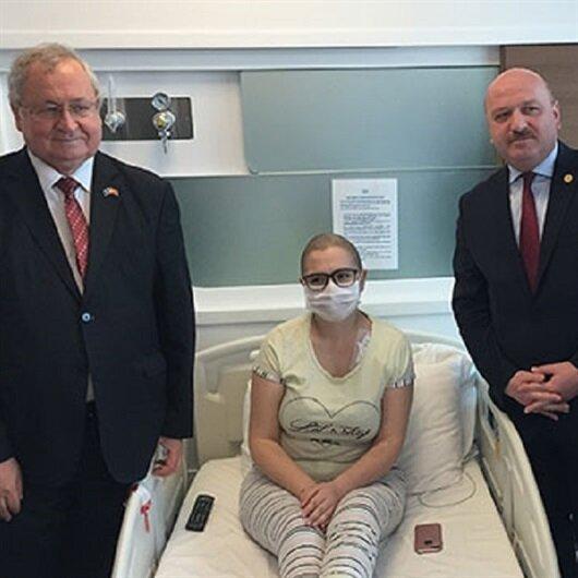 Kosovalı Manolya, solmamak için destek bekliyor