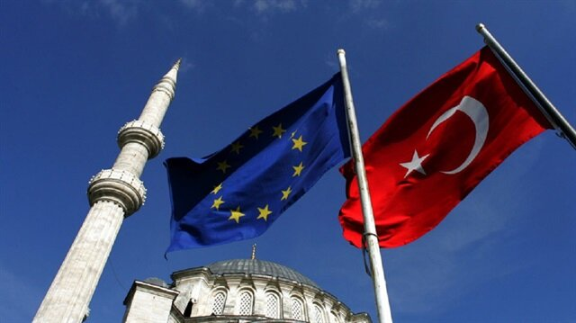EU to ease tensions with Turkey despite Merkel's stance