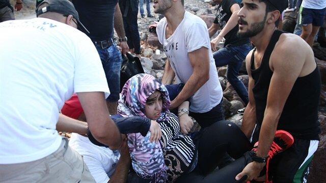 Yunanistan sığınmacıları Atina'ya taşıyor
