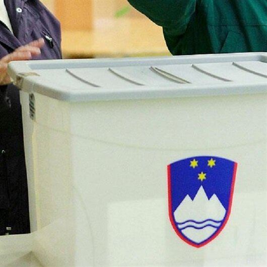 Slovenya'da halk Cumhurbaşkanlığı seçimi için sandık başında